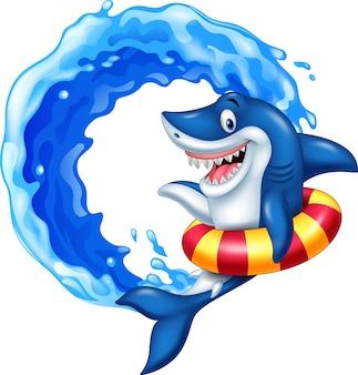 Мультяшная акула с надувным кольцом