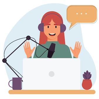 漫画の笑顔の女性がオンラインポッドキャスティングのオーディオポッドキャストを録音しています