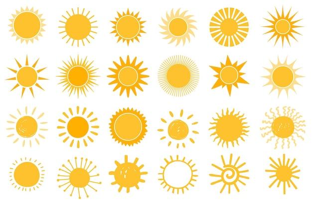 漫画の太陽のアイコン。フラットと手描きの夏のシンボル。サンシャインシェイプのロゴ。朝の太陽のシルエットと晴れた日の天気要素ベクトルセット。ビームと光線のある明るいオレンジ色の日光