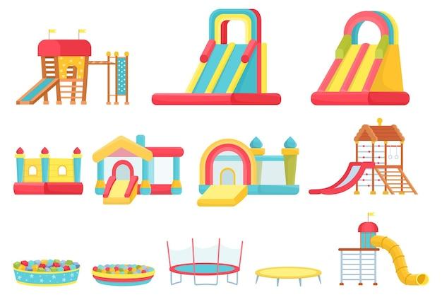 漫画のトランポリン。子供たちは部屋の要素、インフレータブルキャッスルとスライド、ゲームハウスとソフトボールプールをプレイします。屋内遊び場ベクトルセット
