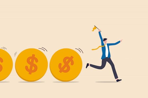 Денежный поток, поток инвестиционного фонда, сбор средств, банковский кредит или финансовая деятельность для зарабатывания денег или получения прибыли, бизнесмен лидер или инвестор, держащий флаг, контролируют поток денег монеты доллара.