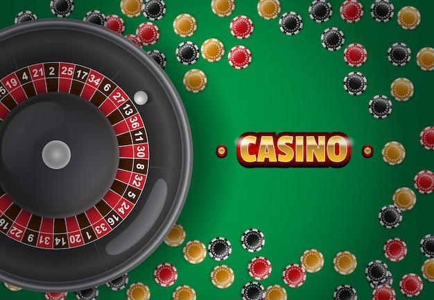 カジノの銘刻、ルーレット、緑の背景にチップ。