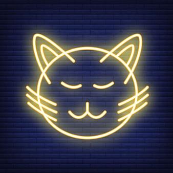 고양이 얼굴 네온 아이콘. 의료 의학 및 애완 동물 관리에 대한 개념입니다. 개요 및 검은 가축. 애완 동물 기호, 아이콘 및 배지. 어두운 벽돌 쌓기에 간단한 벡터 일러스트 레이 션.