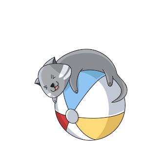 Кошка играет в мяч