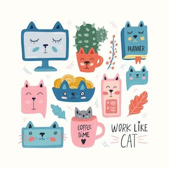 Кошка работает дома