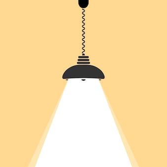 천장 램프 전구가 빛납니다.