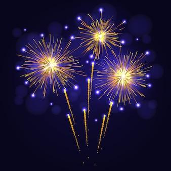 Празднование золотисто-желтого фейерверка над ночным небом.