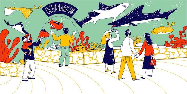 ガラスの後ろの海の魚を見ている海洋水族館、親と子供たちのキャラクター。水族館、海洋動植物、水中および海の動物の多様性の子供たち。線形の人々のベクトル図