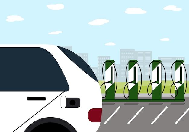 市内にある充電ステーションの電気自動車と車。ベクトルイラスト