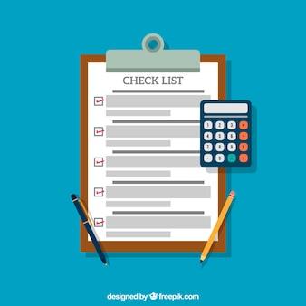 Lista di controllo con la calcolatrice in design piatto