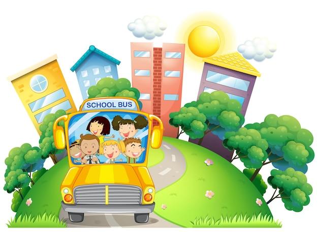 학교 버스에 어린이와 교사