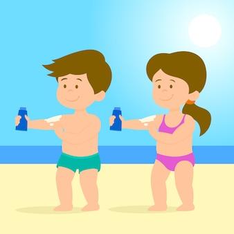 Дети наносят себе солнцезащитный крем