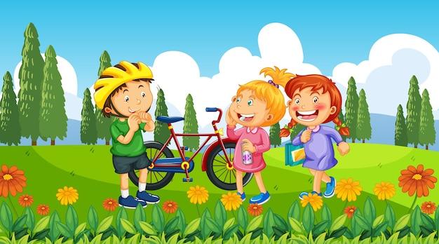 Ourdoor 자연 배경에서 어린이