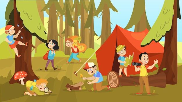キャンプする子供たち。バックパックを持って歩く子供