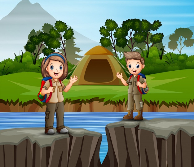 Детский кемпинг на берегу реки