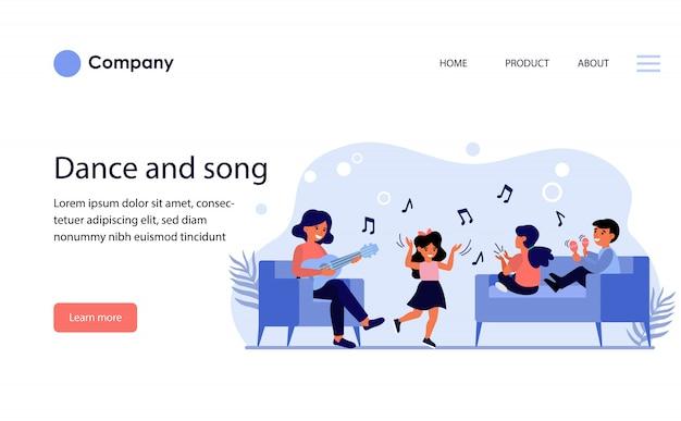 Дети веселятся в музыкальном классе. шаблон веб-сайта или целевая страница