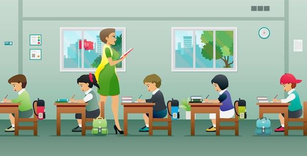 여교사와 함께 수업을하는 아이들이 가르치고 있습니다.