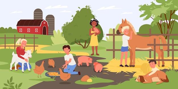 접촉 동물원에 있는 아이들 행복한 아이들과 동물 소년 소녀 아이가 귀여운 돼지를 안고 있습니다.