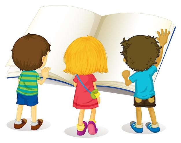 Дети читают из большой книги