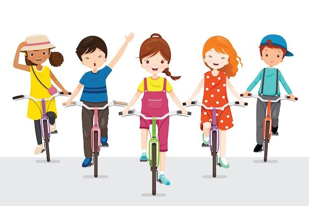 Дети вместе катаются на велосипеде, упражнения для хорошего здоровья