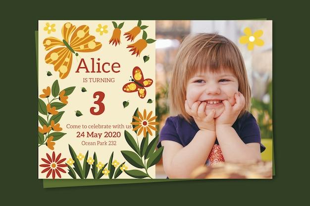 Modello dell'invito del biglietto di auguri per bambini con la foto