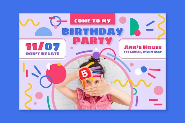Modello di invito per biglietto d'auguri per bambini con foto