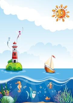 Детская иллюстрация моря с маяком, парусным спортом и веселой рыбой