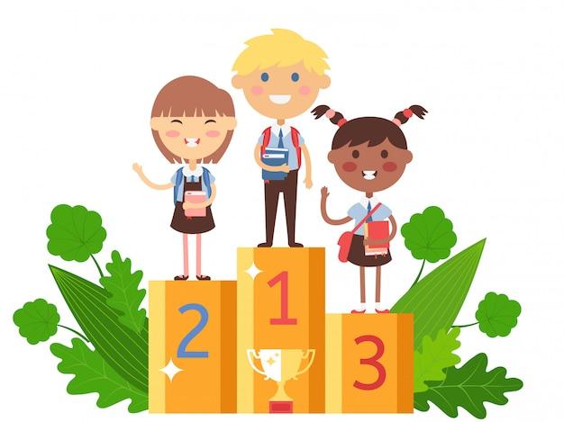 学校の競争で勝つ子供、勝者の表彰台の本を持つスマートな子供