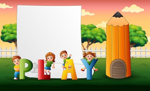 Дети с игровым текстом на природе