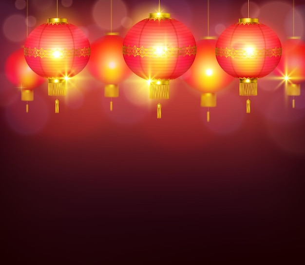 明るい光で燃え、赤い背景を照らす中国のランタン