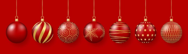 Рождественские и новогодние украшения красные стеклянные шары с золотыми украшениями 3d реалистичная иллюстрация