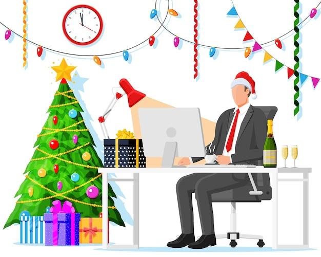 크리스마스와 새해 사무실 책상 작업 공간