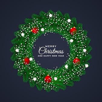 크리스마스와 새해 화환 원형 프레임 녹색 잎과 크리스마스 장식품