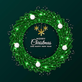 녹색 잎과 크리스마스 장식품으로 크리스마스와 새해 화환 라운드 프레임