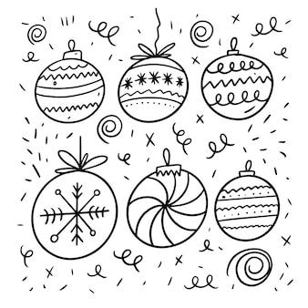 クリスマスボールセット。ラインアート落書きスタイル。漫画の手描きの着色。白い背景で隔離。