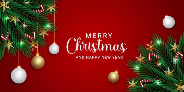 사탕과 황금 눈송이 빨간색 배경으로 크리스마스 배너 녹색 잎