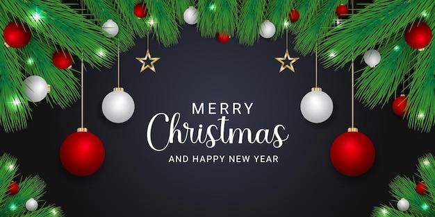 빨간색과 흰색 공 황금 별 검은 배경으로 크리스마스 배너 녹색 잎