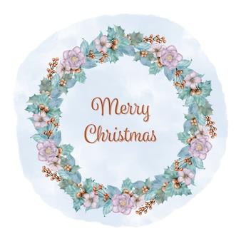 松の枝、花、ホリーベリーとクリスマスブルーリース