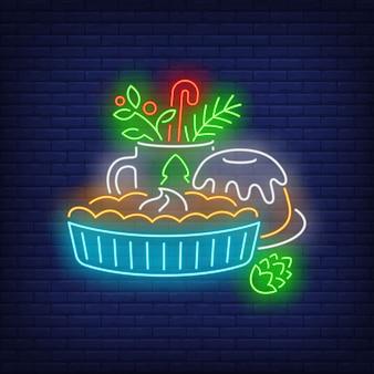 クリスマスケーキとドリンクネオンサイン