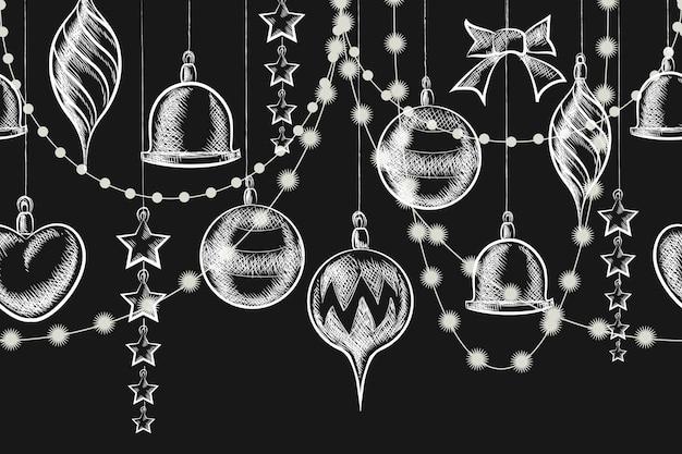 Рождественский орнамент на доске. шары, гирлянды и звезды на доске