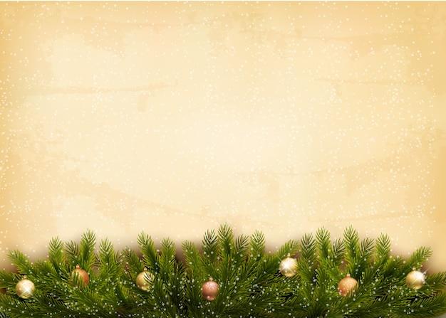 Новогоднее украшение на фоне старой бумаги.