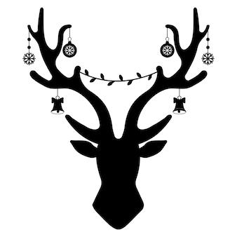 Рождественские оленьи рога с гирляндой и подарками, черный трафарет, изолированные векторные иллюстрации