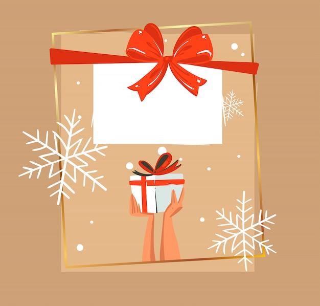 눈 인사말 카드에서 크리스마스 선물 상자입니다. 메리 크리스마스 축제 배너 휴일 밤에 크리스마스 트리와 겨울 숲 사이의 빈 터에 빨간 리본과 활 크리스마스 선물 상자와 산타 선물 가방 프리미엄 벡터