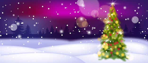 デフォーカス装飾されたクリスマスツリー、雪の吹きだまり、森のシルエットとクリスマス休暇の冬の風景