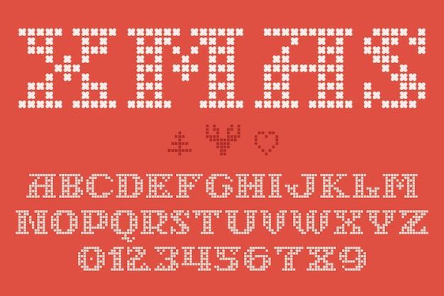 Рождественский трикотаж, вдохновленный дизайном свитера из смелых круглых вязаных изделий.