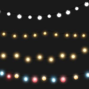 Рождественские огни, изолированные на прозрачном фоне. светящиеся гирлянды гирлянды. Premium векторы