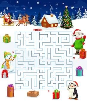 정사각형 미로, 만화 벡터 크리스마스 선물, 산타 썰매가 있는 크리스마스 미로 게임. 선물 상자와 장난감의 크리스마스 겨울 휴가 배경에 미로 지도와 어린이 교육 퍼즐