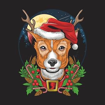 Рождественский олень в шляпе санта-клауса.