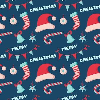 帽子、ベル、靴下、ボール、白い背景で隔離のレタリングとクリスマスのシームレスなパターン。ベクトルフラットイラスト。背景、ラッピング、壁紙、テキスタイル、パッケージングのデザイン