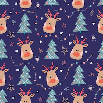Christmas seamless pattern with reindeer and christmas tree